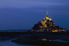 Saint Michel przy nocą Zdjęcia Royalty Free