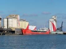 SAINT NAZAIRE, FRANKRIJK, 19,2018 MAART, olie en chemische tanker Stock Fotografie