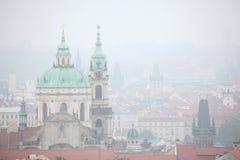 Saint Nicholas Church em Mala Strana em Praga, República Checa Imagens de Stock