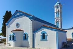 Saint Nicholas Monastery situado em duas ilhas em Porto Lagos perto da cidade de Xanthi, Grécia fotografia de stock royalty free