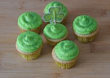 Saint Patrick`s cupcakes Stock Images
