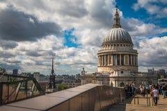 Saint Paul Cathedral em Londres Inglaterra Fotos de Stock Royalty Free