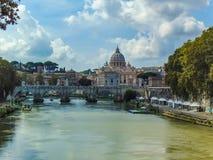Saint Peter Basilica, Vaticano - Roma, Itália fotografia de stock royalty free