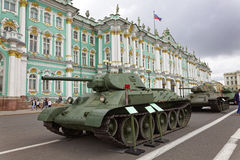 SAINT-PETERSBURG, RUSSIA - 11 AUGUST 2017: Original soviet military equipment and tanks on Palace Square, St. Petersburg, Russia. Royalty Free Stock Photos