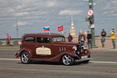 SAINT-PETERSBURG, RUSSIA - 21 MAY 2017: Parade of vintage cars. Old automobiles. Tinted photo. Royalty Free Stock Photography