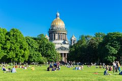 Saint Petersburg, RUSSIA - May 28, 2018: St. Isaac Cathedral in Saint-Petersburg, Russia. Sityscape. royalty free stock photos