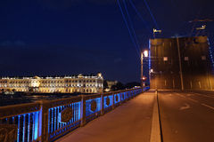 Saint-Petersburg during white nights - hermitage and Dvortsovy bridge Royalty Free Stock Photos