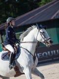SAINT PETERSBURGO 5 DE JULHO: Rider Aleksandra Pushkarskaya em Corin Imagem de Stock Royalty Free