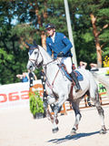 SAINT PETERSBURGO 6 DE JULHO: Rider Andis Varna em Coradina no C Imagem de Stock Royalty Free