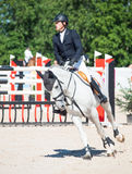 SAINT PETERSBURGO 6 DE JULHO: Rider Mikhail Safronov em Copperphild Foto de Stock Royalty Free