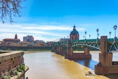 The Saint-Pierre bridge passes over the Garonne and it was completely rebuilt in 1987 in Toulouse Haute-Garonne Midi Pyrenees sout. Hern France Stock Photography