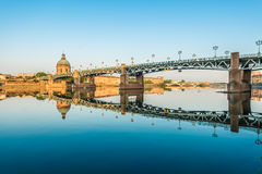 The Saint-Pierre bridge in Toulouse, France. The Saint-Pierre bridge passes over the Garonne and it was completely rebuilt in 1987 in Toulouse, Haute-Garonne Stock Images