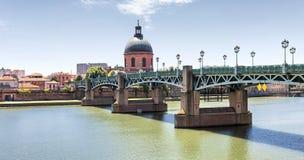 Saint-Pierre Bridge in Toulouse Royalty Free Stock Photos