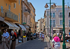 Saint Tropez -Architectuur van stad Stock Afbeeldingen
