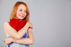 Saint-Valentin de attente de femme Image stock