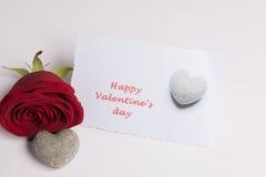 Saint-Valentin heureuse de Rose et de coeur et de carte Image stock