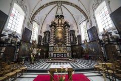 sainte安妮chrurch,布鲁日,比利时内部  免版税库存照片