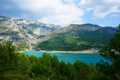 Sainte-Croix湖在南法国 免版税库存照片