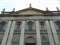 Saints de l'Irlande sur l'église Image libre de droits