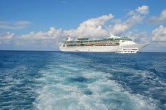 Saisie d'un bateau de doublure d'océan Photos libres de droits