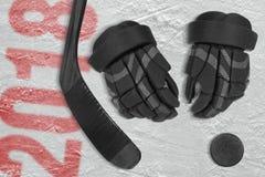 Saison d'hockey en 2018, accessoires d'hockey sur la glace Image libre de droits