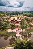 Saiyok område, Kanchanaburi landskap, Thailand på Juli 9,2017: Sikter från stadstorn av Mallika City, A 1905 D Stad av kultur och royaltyfri foto