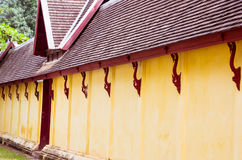 Saket寺庙墙壁是古老佛教寺庙在万象 库存图片