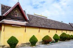 Saket寺庙outiside是古老佛教寺庙在万象 库存照片