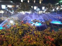 Saket del centro commerciale di Dlf, Nuova Delhi notte fotografie stock libere da diritti