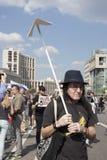 Sakharov-Aussicht Politische Sammlung für freies Internet, gegen das Blockieren des Botetelegramms Jugend mit politischem Poster Lizenzfreie Stockfotos