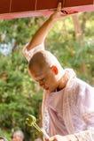 SAKONNAKHON, TAJLANDIA Grudzień 23: Niedawno nakazany mnich buddyjski p Fotografia Stock