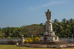 Sakral hjärta av Jesus, staty på gården av St Catherine Cathe Royaltyfri Bild
