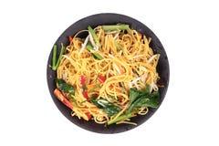 Sakrala foods, Fried Chinese nudel med grönsaken royaltyfri fotografi