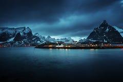 Sakrisoy村庄, Lofoten海岛,挪威 库存照片