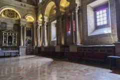 Sakristian är ett rektangulärt utrymme av 12 vid 22 meter, en förlage Arkivbilder
