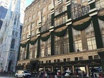 Saks Fifth Avenue à New York Image libre de droits