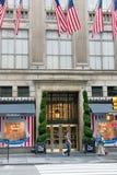 Saks Fifth Avenue New York City lizenzfreie stockfotografie
