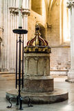 Saksische Doopdoopvont in Puttenkathedraal Royalty-vrije Stock Foto's