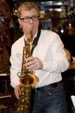 saksofonista, muzyka wystrzału grupy koktajl, Aleksander Mazurov Obraz Royalty Free