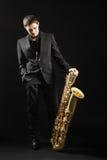 Saksofonowego gracza jazzowy mężczyzna Obrazy Royalty Free