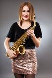 Saksofonowego gracza zbliżenie Zdjęcia Royalty Free