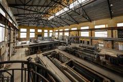 Salão da distribuição da eletricidade na indústria de metal Fotos de Stock Royalty Free