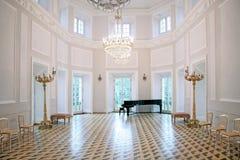 Salão de baile da velha escola Fotografia de Stock Royalty Free
