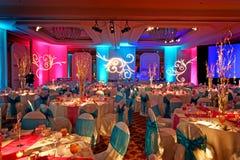 Salão de baile decorado para Weding indiano Foto de Stock Royalty Free