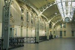 Salão de estação da estrada de ferro fotografia de stock royalty free