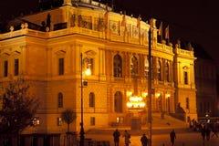 Salão do concerto e de exposição de Rudolfinum no centro de Praga, Foto de Stock Royalty Free