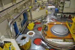 Salão do reator nuclear em um central elétrica Foto de Stock