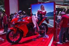 SALÃO DUAS RODAS - двенадцатые международные мотоцикл, части и оборудование показывают Стоковая Фотография