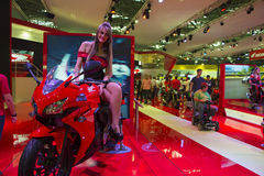 SALÃO DUAS RODAS - il dodicesimi motociclo, parti ed attrezzature internazionali mostrano Fotografia Stock Libera da Diritti