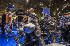 SALÃO DUAS RODAS - il dodicesimi motociclo, parti ed attrezzature internazionali mostrano Immagine Stock Libera da Diritti